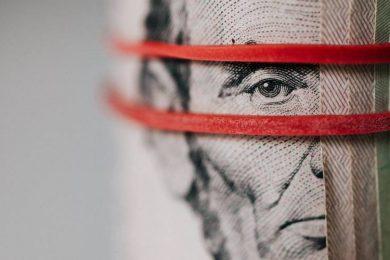 4 Ways to Understand High Risk Merchant Accounts 825x500 1
