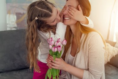 IDEAS TO CELEBRATE MOTHER'S DAY AT HOME